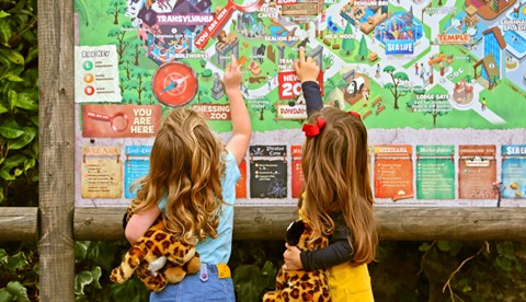 A Family Fun Day At Chessington World Of Adventures Resort (8) LR