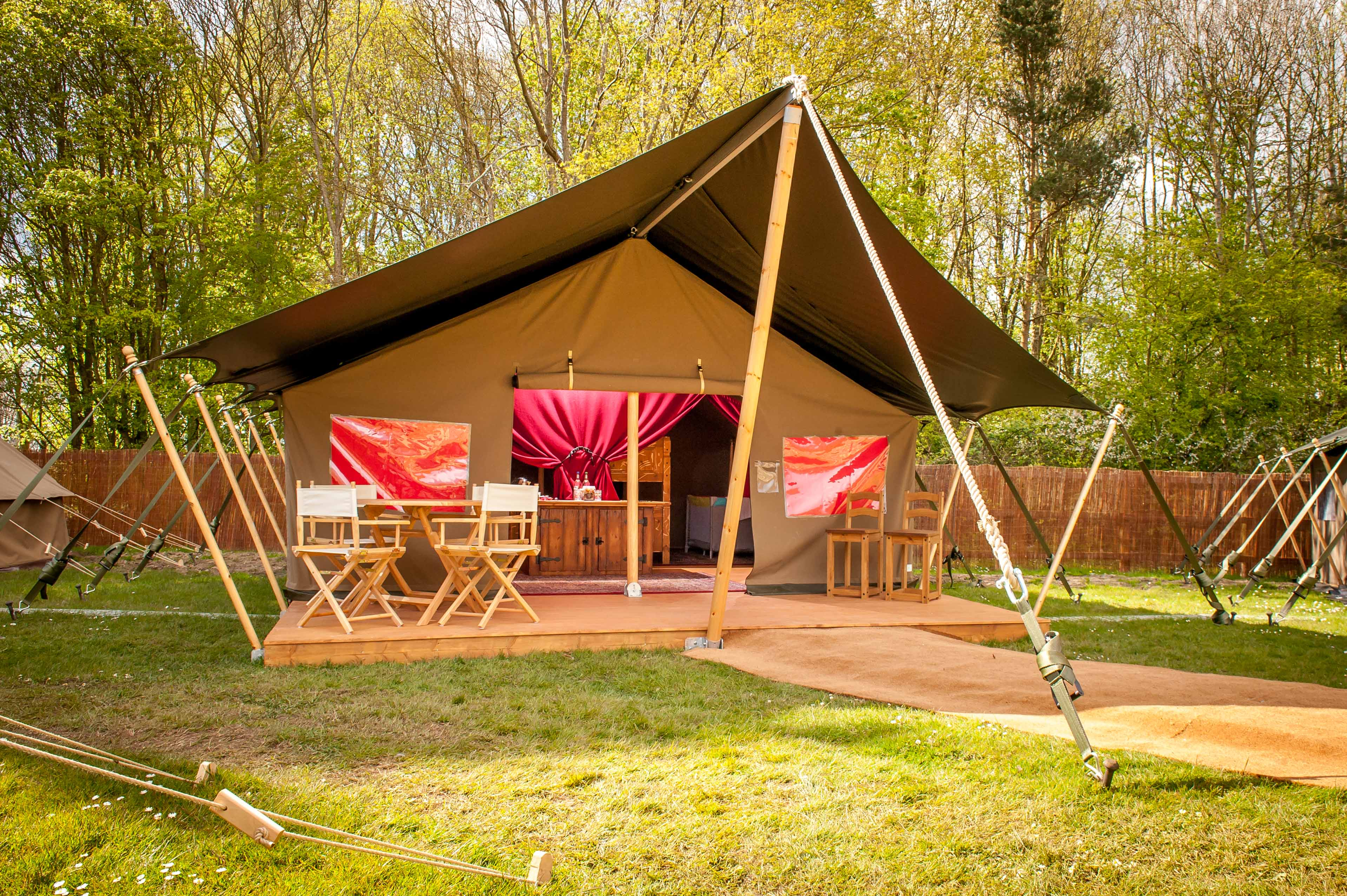 Premium Glamping At Chessington World Of Adventures Resort (7)